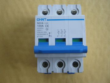 CHINT NH4-125 100 AMP TRIPLE POLE MAINSWITCH